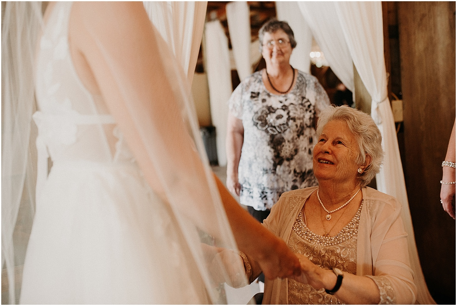 grandmother seeing bride for the first time